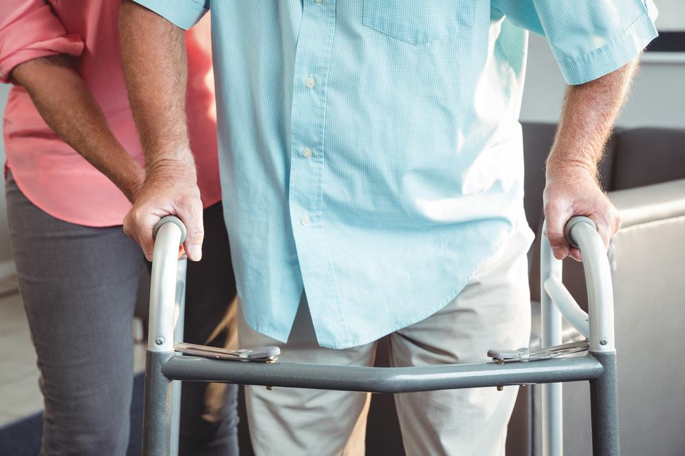 I problemi di deambulazione nell'anziano: come intervenire