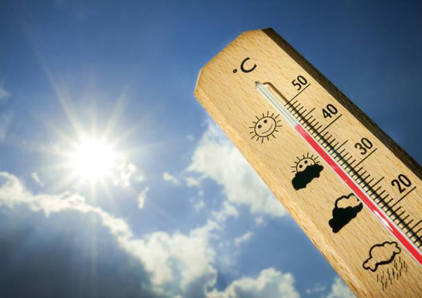 Caldo e afa: come tutelare la salute degli anziani