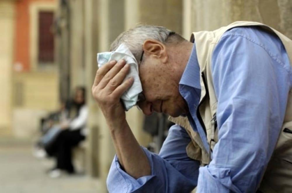 Patologie da calore: come prevenirle, riconoscerle ed intervenire in caso di malore
