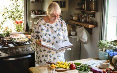 Il movimento e i suoi benefici sulla memoria icare iCare – Servizi a domicilio per anziani e disabili cucina 400x250