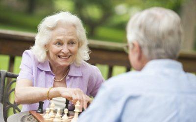 L'importanza delle relazioni sociali durante la terza età icare iCare – Servizi a domicilio per anziani e disabili scacchi 1 400x250