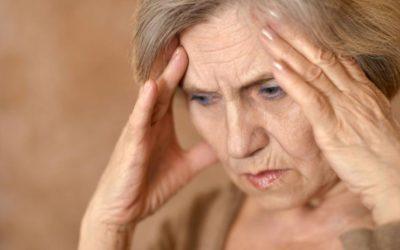 Capogiri e vertigini: perché gli anziani ne soffrono? [object object] iCare mobile – Servizi a domicilio per anziani e disabili vertigini 400x250