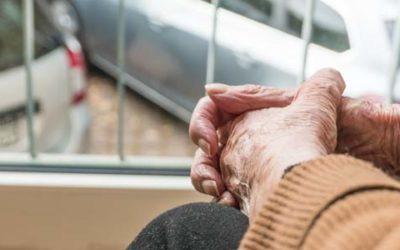 Anziani e stress da rientro: cinque consigli per affrontare senza traumi la fine delle vacanze icare iCare – Servizi a domicilio per anziani e disabili rientro 400x250