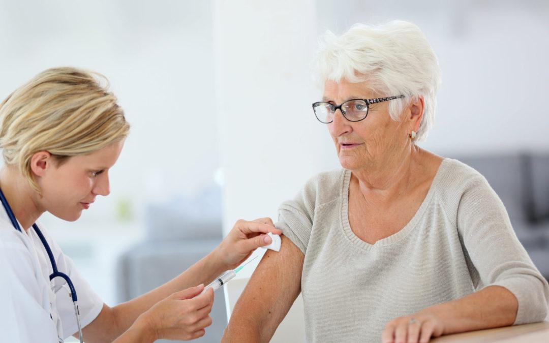 Anziani e vaccino anti-influenzale: perché è importante