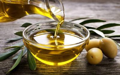 Olio d'oliva, un prezioso alleato per il cervello icare iCare – Assistenza a domicilio per anziani e disabili (Lecce, Trepuzzi, Squinzano, Surbo, Novoli, Campi Salentina). Casa famiglia olio 400x250