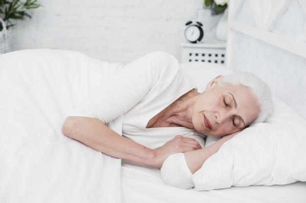 Apnee ostruttive nell'anziano: cosa sono e perché possono essere pericolose